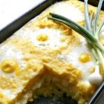 Mămăliguţă cu brânză în straturi